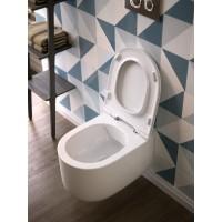 Конзолна тоалетна Gio Evolution без вътрешен ръб